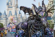 Paying homage to the unbridled magic of Fantasyland and its many inhabitants, the Disney Festival of Fantasy Parade is a thrilling spectacular that winds its way through the streets of Magic Kingdom Park each afternoon