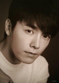 Super Junior - 30 PORTRAITS - Donghae