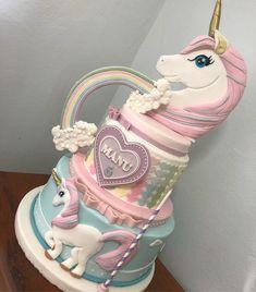 I found my Fav Unicorn 🎂 Bday Girl, Birthday Cake Girls, Unicorn Birthday Parties, Unicorn Party, Gorgeous Cakes, Amazing Cakes, Unicorn Foods, Unicorn Cakes, Little Pony Cake