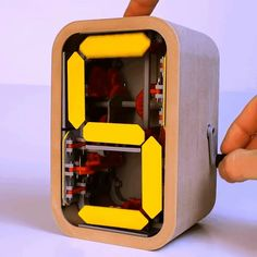 Cool Gadgets To Buy, Gadgets And Gizmos, Tech Gadgets, Choses Cool, New Technology Gadgets, Wow Video, Mechanical Design, 3d Prints, Cool Inventions