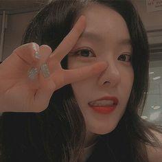 Check out Black Velvet @ Iomoio Seulgi, Red Velvet Irene, Black Velvet, Ulzzang, Kpop Aesthetic, Peek A Boos, Kpop Girls, Korean Girl, Cute Girls