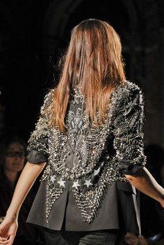 TRY SAMSURI: FASHION ROCK with Safety Pins