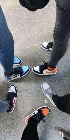 Sneakers Fashion, Shoes Sneakers, Jordan Shoes Girls, Nike Air Shoes, Aesthetic Shoes, Hype Shoes, Fresh Shoes, Comfy Shoes, Custom Shoes