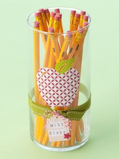 Create teachers gifts with Making Memories Slice Elite    www.whyslice.com