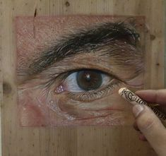 Juxtapoz Magazine - Photorealistic Paintings on Wood by Ivan Hoo Artist Painting, Painting On Wood, Soft Pastel Art, Person Drawing, Photorealism, Realism Art, State Art, Artist At Work, Figurative Art