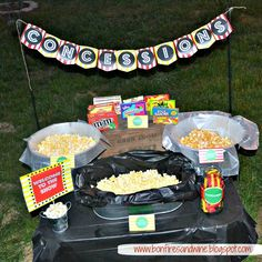Drive In Movie Concession Stand with free printables Outdoor Movie Party, Movie Night Party, Family Movie Night, I Party, Party Time, Party Ideas, Party Stuff, Backyard Movie Theaters, Backyard Movie Nights