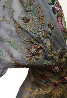 Costume Embroidery & Illustration by Michele Carragher for Film & TV Couture Embroidery, Silk Ribbon Embroidery, Beaded Embroidery, Hand Embroidery, Embroidery Designs, Textile Fabrics, Textile Art, Got Costumes, Game Of Thrones Costumes
