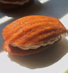 Madeleine Cake, Madeleine Recipe, Baking Recipes, Cookie Recipes, Dessert Recipes, Madeline Cookies Recipe, Just Desserts, Delicious Desserts, Susan Recipe