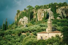 Places In Greece, Big Island, Beautiful Places, Amazing Places, Tuscany, Wilderness, Barcelona Cathedral, Mount Rushmore, The Good Place