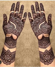 What is a Henna Tattoo? Henna tattoos are becoming very popular, but what precisely are they? Khafif Mehndi Design, Basic Mehndi Designs, Stylish Mehndi Designs, Latest Bridal Mehndi Designs, Mehndi Designs For Girls, Henna Art Designs, Mehndi Designs For Beginners, Mehndi Design Photos, Wedding Mehndi Designs