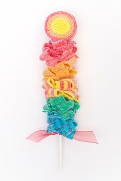 Rainbow Candy Kabob Sweet Skewer 12 by SweetsIndeed on Etsy Rainbow Sweets, Rainbow Candy, Candy Kabobs, Sweet Trees, Candy Theme, Sour Candy, Candy Bouquet, Candy Store, Party Desserts