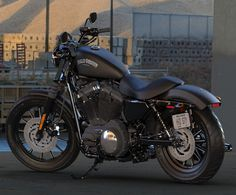 http://bikebazzar.com/bike/harley-davidson-iron-883-bike/  The Iron 883 is one of the section level cruiser bikes from the Harley-Davidson go and is one of the four from the sportster arrangement of bikes offered in India by the organization. The bicycle is additionally collected in India.  The Iron 883 gets a 883cc 4-valve motor that creates 50bhp and 69Nm of torque. It gets a six-rate gearbox that transmits the ability to the back wheel through a transmission belt.