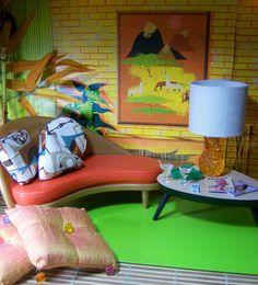 Dollhouse retro room!