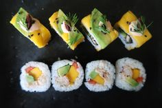 How to make sushi with Mango in it? A simple and great way to make your sushi exciting. This allows you to bring different and great flavours to your sushi. Mango Sushi, My Sushi, Sushi Chef, Sushi Recipes, My Recipes, Japanese Food, Japanese Recipes, How To Make Sushi, How To Cook Rice