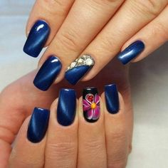 Cat eye nails, Festive nails, flower nail art, Iridescent nails, Long nails, Luxury nails, Manicure by summer dress, Nails ideas 2016