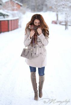 Instagram: @mungoanna / Details: http://www.mungolife.fi  / Burberry coat, Zara, Joie boots, Prada Gallery bag, Mulberry