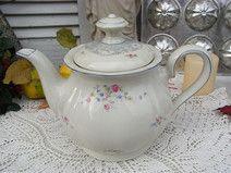 alte Teekanne Rosalie romantische Streublümchen