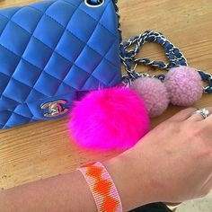 """Pops of pink today my friend bought me the pink poof as a little """"leaving NZ"""" present as she and I both love pink! . . #pink #ilovepink #pinkpoof #fluffy #bagcharm #shhbysadie #handmade #designer #mystyle #ilovecolor #designerjewelry #designerbag #chanel #bluechanel #minichanel #chanelmini #classicchanel #nzmade #joyeria #moda #fashion #style #fashionblogger"""
