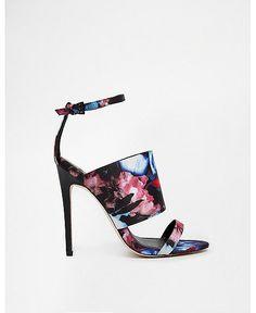 Heel-to-the-yeah: 15 Stella Summer Heels Under $100