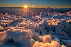 Zachód słońca złota godzina (© Paweł Uchorczak)