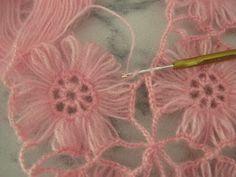 """yaseminlerim: """"""""Pembe Sal,in Birlestirmesi Nasil Yapilir"""""""" [] # # # # # # Poncho Crochet, Love Crochet, Crochet Scarves, Irish Crochet, Crochet Clothes, Cotton Crochet, Hairpin Lace Crochet, Crochet Motif, Crochet Doilies"""