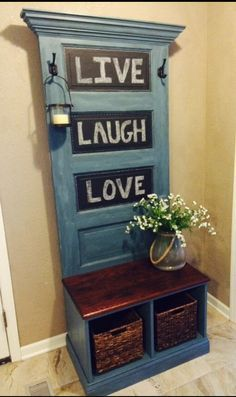 The best DIY projects & DIY ideas and tutorials: sewing, paper craft, DIY. DIY Furniture Plans & Tutorials : Reclaimed Vintage Door Hall Tree and Bench by SouthernCharmThing -Read Redo Furniture, Recycled Door, Door Hall Trees, Wood Projects, Home Decor, Repurposed Furniture, Home Diy, Furniture Makeover, Old Door Projects