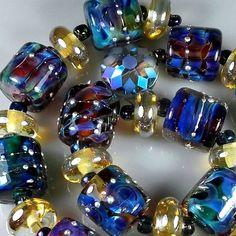 "TRIZAS-ORIGINAL  Handmade lampwork bead ""sparkling reflections"" TOS0508 SRA #TRIZASOriginal #Lampwork"
