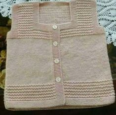 Fashion Kids, Baby Boy Fashion, Baby Knitting Patterns, Knitting Designs, Moda Blog, Diy Mode, Fashion Forecasting, Baby Vest, Baby Sweaters