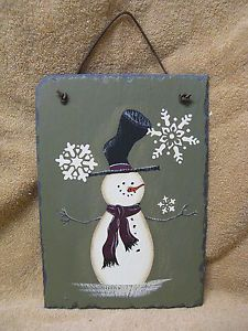 holiday painting on slate | Snowman Slate Green Snowflake Winter Christmas Wall Decor Painting ... Christmas Paintings, Christmas Art, Christmas Projects, Winter Christmas, Snowmen Paintings, Christmas Ornaments, Christmas Ideas, Slate Signs, Xmas Crafts