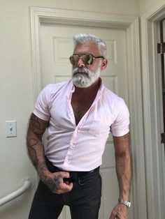 Inspiration Of Hipster Glasses for Men Unique Pin Od Jay Na Hair and Beauty is part of Grey hair men - Older Mens Hairstyles, Mens Medium Length Hairstyles, Haircuts For Men, Modern Hairstyles, Hipster Glasses, Mens Glasses, Beard Styles For Men, Hair And Beard Styles, Bart Styles