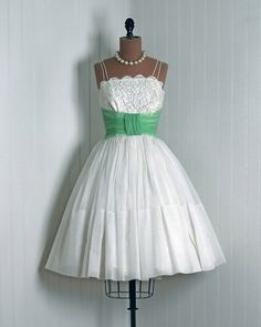 i love this kind of dress lol