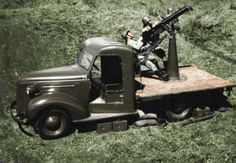 Colorized Luchtafweer KNIL op Chevrolet Dutch East Indies, Cannon, Military Vehicles, Ww2, Chevrolet, Antique Cars, Monster Trucks, Photographs, Army