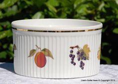 Royal Worcester England Porcelain Evesham Gold Rimmed 6.5 Souffle Dish Casserole #RoyalWorcester