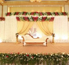 Top 10 Luxury Wedding Venues to Hold a 5 Star Wedding - Love It All Reception Stage Decor, Wedding Backdrop Design, Wedding Stage Design, Wedding Reception Backdrop, Wedding Mandap, Wedding Backdrops, Wedding Props, Simple Stage Decorations, Engagement Stage Decoration