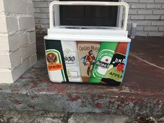 Items similar to 9 Quart Hand Painted Cooler on Etsy Sorority Canvas, Sorority Paddles, Sorority Crafts, Sorority Recruitment, Painted Fraternity Coolers, Frat Coolers, Painted Coolers, Fraternity Formal, Fraternity Gifts