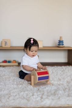 Before Preschool, there's Monti Kids. An award winning Montessori program for babies and toddlers delivered straight to your door! Montessori Toddler, Montessori Activities, Toddler Toys, Toddler Activities, Baby Toys, Toddler Preschool, Baby Baby, Kids Toys, Developmental Toys