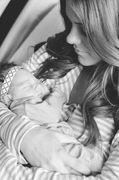 25 Best C-Section Birth Photography - mybabydoo Baby Hospital Pictures, Birth Pictures, Birth Photos, Newborn Pictures, Baby Photos, Newborn Pics, Maternity Pictures, Delivery Room Photos, Delivery Pictures