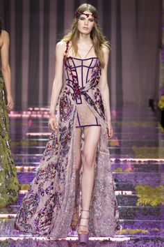 Atelier Versace Fall 2015 Couture Runway