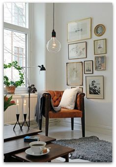 sitting area-- love the light and little gallery