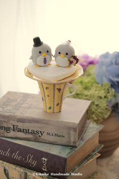Wedding Cake Topper-love penguin with sweet heart base