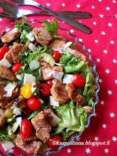 Kääpiölinnan köökissä: Pork salad Annie - lämmin salaatti possun sisäfileestä