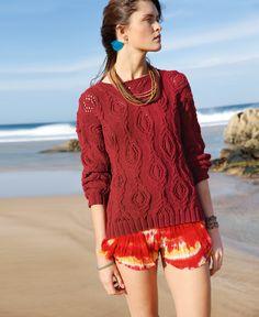 Gestrickt wird der Pullover mit Zopf-Lochmuster- mit dem ggh-Garn LINOVA (74% Baumwolle / 26% Leinen). Garnpaket zu Modell 2 aus Rebecca Nr. 66.  – by Rebecca Magazine