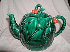 Lefton Green Holly teapot