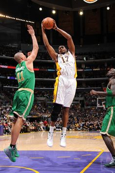 3/11/12 Lakers win over the Celtics!!!!!