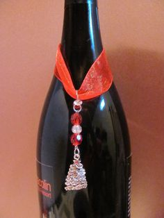 Hey, I found this really awesome Etsy listing at https://www.etsy.com/listing/160392565/christmas-tree-wine-bottle-charm-with