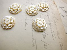 antique mother of pearl buttons - deep carved lot of 5 matching buttons - 2 hole sew through - 16mm