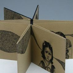 Joseph Lappie, artist book I like how the pages are continuous, can function as separate pages or pulled out flat Accordian Book, Concertina Book, Sculpture Projects, Book Sculpture, Paper Sculptures, Folded Book Art, Book Folding, Artist Journal, Ecole Art