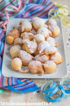 Beignets, Pastry Recipes, Cake Recipes, Confort Food, Romanian Food, Pie Dessert, Lemon Recipes, Frappe, Food Illustrations