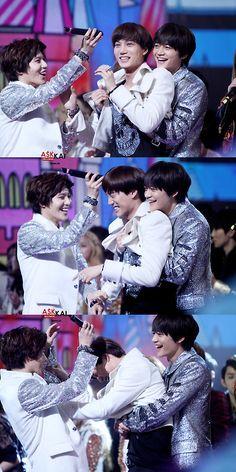 Kai being harassed by Taemin & Minho Taemin And Kai, Onew Jonghyun, Minho, Kai Exo, Baekhyun, Tvxq, Btob, Crossover, Shinee Five