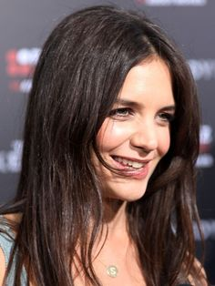 Katie Holmes long, brunette hairstyle